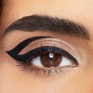 maybelline-eyeliner-master-graphic-look-open-1x1
