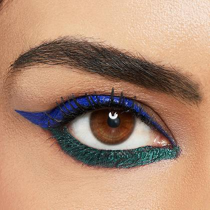 maybelline-eyeliner-blue-green-wing-look-1x1