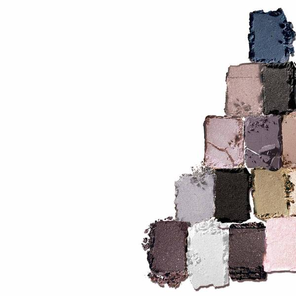 maybelline-eye-shadow-rock-nudes-palette-texture-1x1